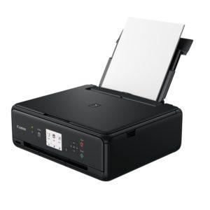 Canon PIXMA TS5050 er fimm hylkja Wi-Fi fjölnota prentari á góðu verði sem prentar, ljósritar og skannar. Hinn fullkomni heimilisprentari.