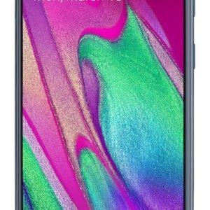 Samsung Galaxy A50 síminn er með 5.9'' super AMOLED skjá með 1080x2340 pixla upplausn. Einnig er símtækið nú úr sterkri málmblöndu líkt og stærri Samsung símtækin og því harðgerðara en áður, en á sama tíma fallegt í hendi